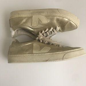 VEJA Kids Sneakers  size 1